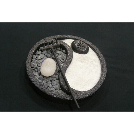Zen kert jinjang fekete