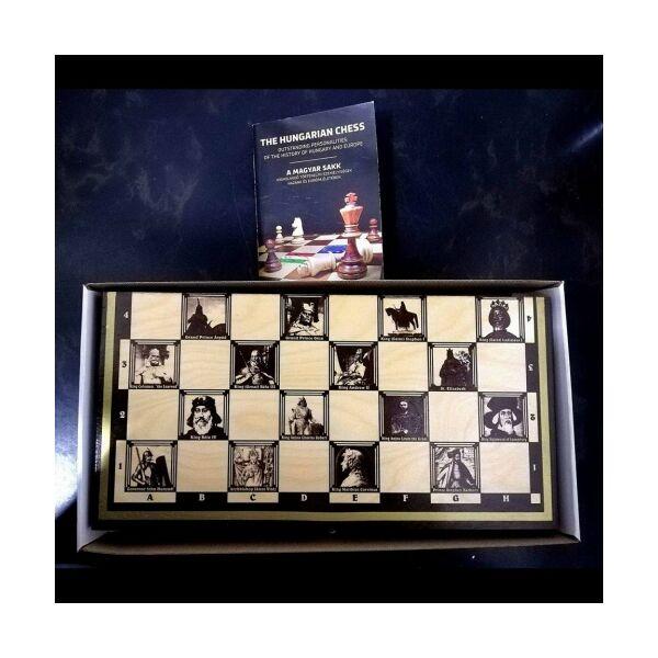 Sakk aranyozott, magyar uralkodókkal