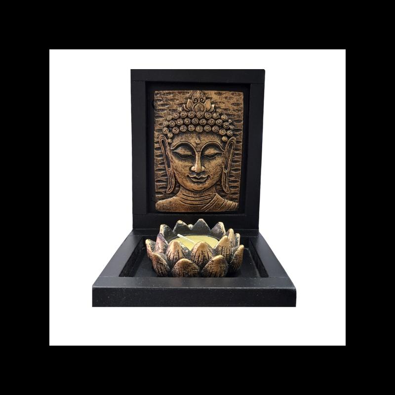 Arany Buddha mécsestartó lótusszal